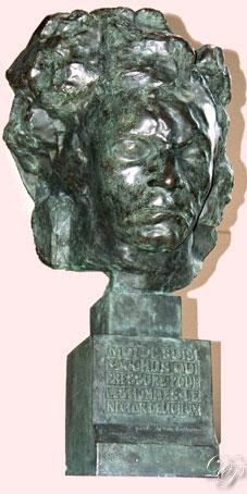 Beethoven dit Métropolitain, par Antoine Bourdelle, 1902, profil droit...